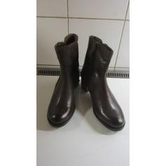 Bottines & low boots à talons Kanna  pas cher