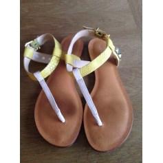 Sandales plates  Cosmoparis  pas cher