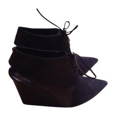 Bottines & low boots à compensés Dior  pas cher
