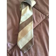 Cravate Pierre Cardin  pas cher