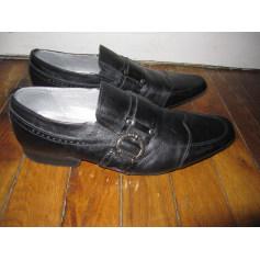 Chaussures à boucles Kaporal  pas cher