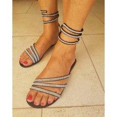 Sandales plates  CRAZY RABBIT  pas cher