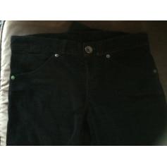 Pantalon slim, cigarette Benetton  pas cher