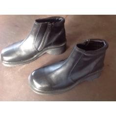 Bottines & low boots à compensés Dr. Martens  pas cher