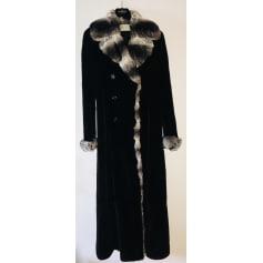 Manteau en fourrure Valentino  pas cher