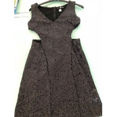 Robe courte T.F.N.C  pas cher