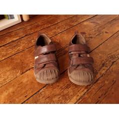 Chaussures à scratch Pataugas  pas cher