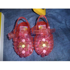 Sandals Titis Clothing