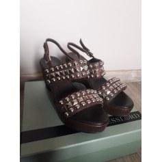 Sandales compensées Kesslord  pas cher