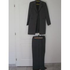 Tailleur pantalon Sinéquanone  pas cher