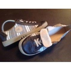 Chaussures à lacets  Pataugas  pas cher