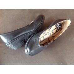 Sandales compensées Fly London  pas cher
