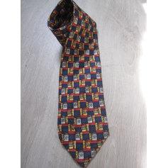 Cravate Courrèges  pas cher