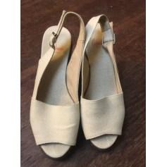 Sandales compensées Castaner  pas cher