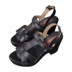 Sandales à talons Carel  pas cher