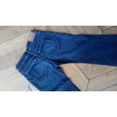 Jeans très evasé, patte d'éléphant H&M  pas cher