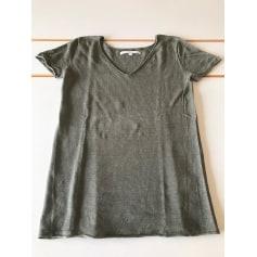 Top, tee-shirt Not Shy  pas cher