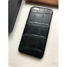 Etui iPhone  Carlos  pas cher