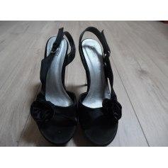 Sandales à talons Suredelle  pas cher