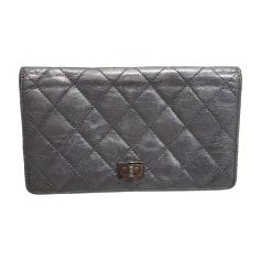 Portefeuille Chanel 2.55 pas cher