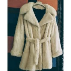 Manteau en fourrure Autre  pas cher