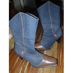 Santiags, bottines, low boots cowboy Levi's  pas cher