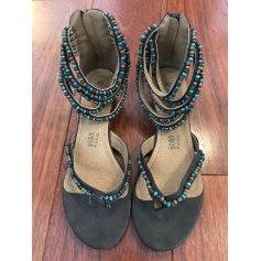 Sandales à talons Bata  pas cher