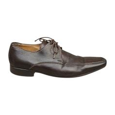Chaussures à lacets Yves Saint Laurent  pas cher