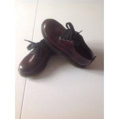 Chaussures à lacets Melania  pas cher