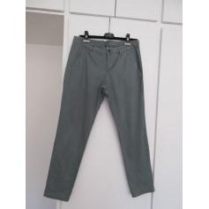 Pantalon slim, cigarette United Colors of Benetton  pas cher