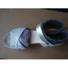 Sandales compensées Karston  pas cher