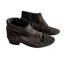 Bottines & low boots plates Les Prairies de Paris  pas cher