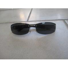 Sunglasses Gucci Hysteria