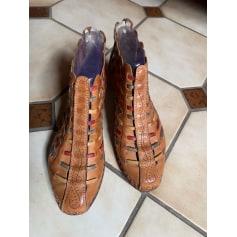 Bottines & low boots à compensés Pikolinos  pas cher