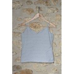 Top, tee-shirt Gap  pas cher