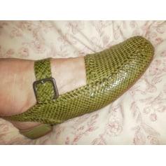 Sandales plates  Charles Jourdan  pas cher