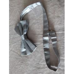Bow Tie Carven