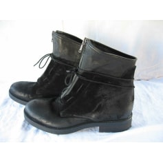 Bottines & low boots plates Mally  pas cher