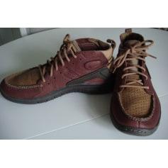Chaussures à lacets Nike  pas cher