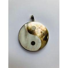 Pendentif, collier pendentif Bijoux De Createur  pas cher
