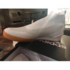 Baskets Adidas  pas cher