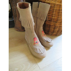 Minnetonkas Street Shoes  pas cher