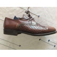 Chaussures à lacets Brimestone  pas cher