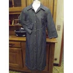 Robe en jeans La Fée Maraboutée  pas cher