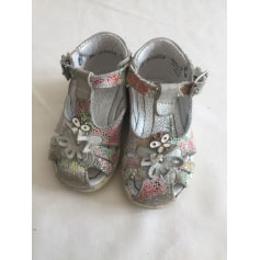 Buckle Shoes Little Mary