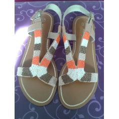 Sandales plates  Naf Naf  pas cher