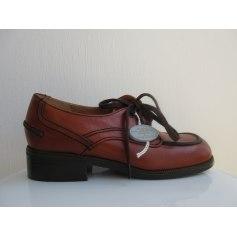 Chaussures à lacets Le Loup Blanc  pas cher