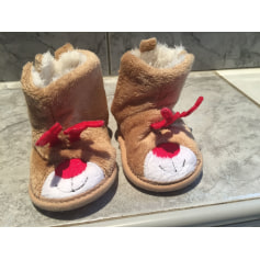 Slippers In Extenso