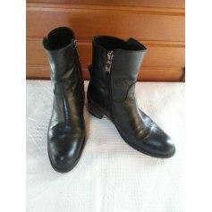 Bottines & low boots à talons Mally  pas cher