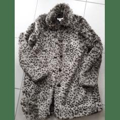 Manteau en fourrure Esprit  pas cher